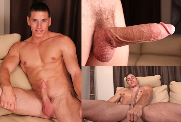 Young hung jock Ashton busts a nut at Seancody 01