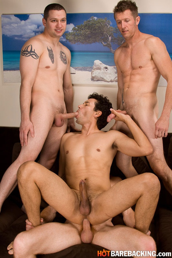 Fourway - Zach O'Mally, Kirby Thomas & Chad Brooks bareback Gabriel D'Alessandro at Hotbarebacking 01