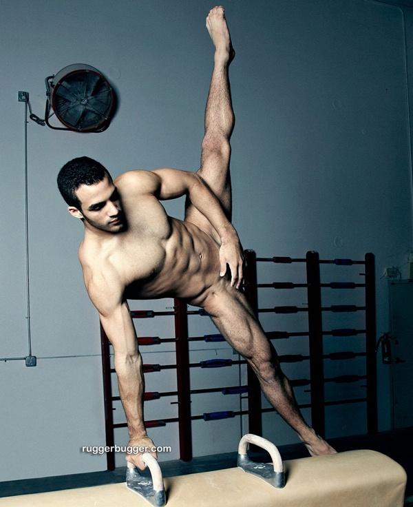 handsome Cuban-American gymnast Danell Leyva Gets Naked at Ruggerbugger 01