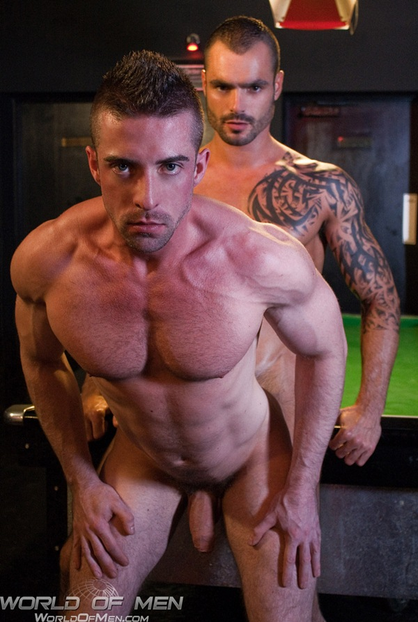 handsome muscled Issac Jones Fucks power slutty bottom Scott Hunter at Worldofmen 01