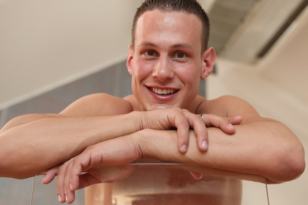 Handsome muscled Angel-like smile big-dicked Rob Cullen Pin-Up at Belamionline