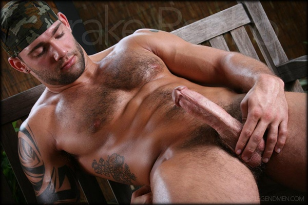 Chiseled handsome furry Drake Renfro jerks himself off at Legendmen