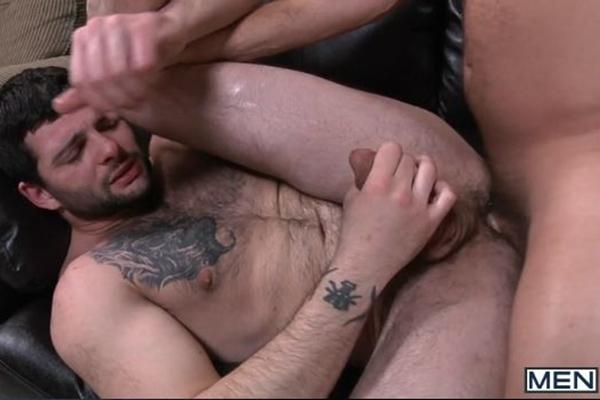 Big-dicked Colby Jansen fucks Tony Paradise's virgin ass in Top 2 Bottom at Men