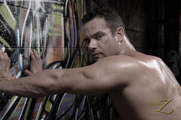 Warehouse Model Blake Munroe shows off his hard muscles at Jimmyzproductions