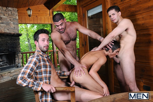 Johnny Rapid, Issac Hardy, Jorge Fusco & Ricky Larkin have a foursome orgy in Johnny In A Box - The Escape at Jizzorgy