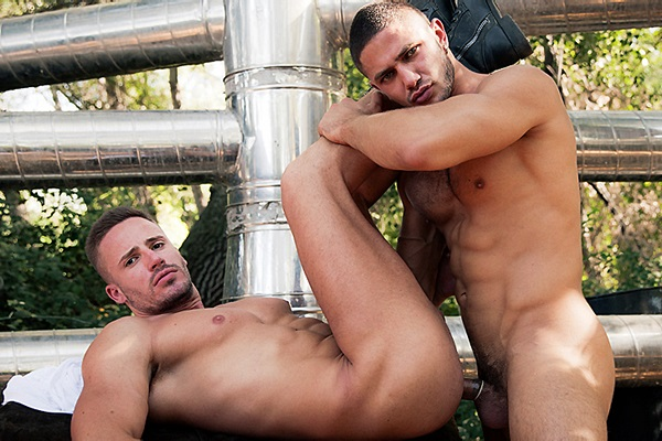 Hot Russian hunk Dato Foland fucks Tony Gys in Escape at Drillmyhole