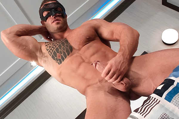 Masculine bodybuilder Devon Dexx shows off his hot muscle body and releases his thick sticky cum with a mask on at Maskurbate