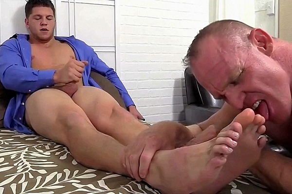 Master Marshall gets his feet worshiped till he shoots his cum by foot slave Dev at Myfriendsfeet