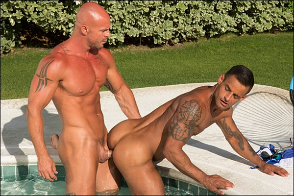 Muscle daddy Mitch Vaughn fucks handsome new jock David Benjamin's tight ass in Trunks 8 at Hothouse