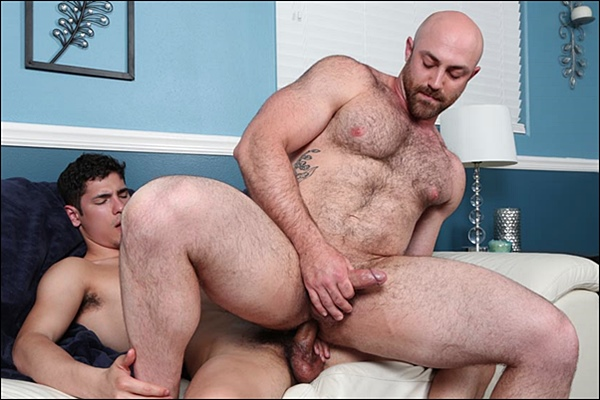 Troi barebacks hot hairy muscle bear Tatum before he fucks the cum out of Tatum at Chaosmen