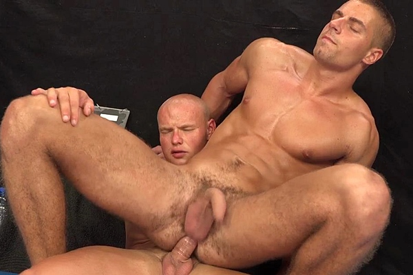 Masculine bodybuilder Roco Moric fucks handsome Arny Donan in Arny and Roco Full Contact at Williamhiggins