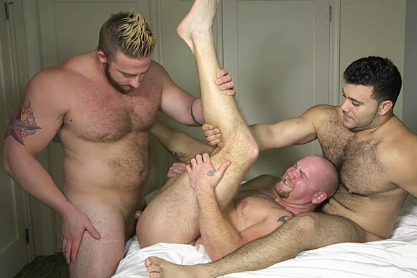 Muscle hunk Aaron Bruiser, Junior and Marcelo have a threeway and Junior gets his virgin ass popped up at Theguysite