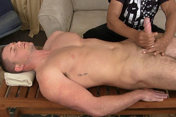 Hot straight muscle jock Taylor gets his hot load jerked out of his big dick in Chic and the Muscle Man at Slowteasinghandjobs