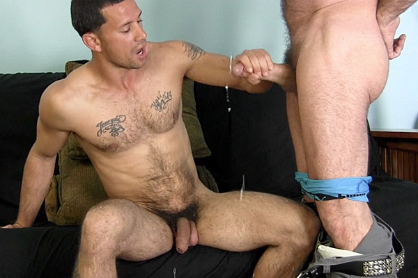 Well hung straight stud Victor sucks dick for the first time before he strokes amazing big loads out of Franco's big cock at Straightfraternity