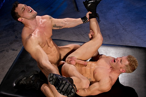Hot muscle hunk Joey D fucks a huge load out of his boyfriend Johnny V in Fuck Hole at Ragingstallion