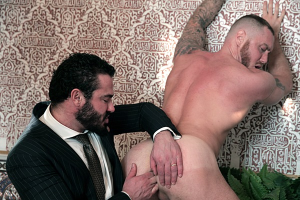 Jessy Ares fucks hot muscle jock Dominique Hansson's tight virgin manhole in Pimped at Menatplay