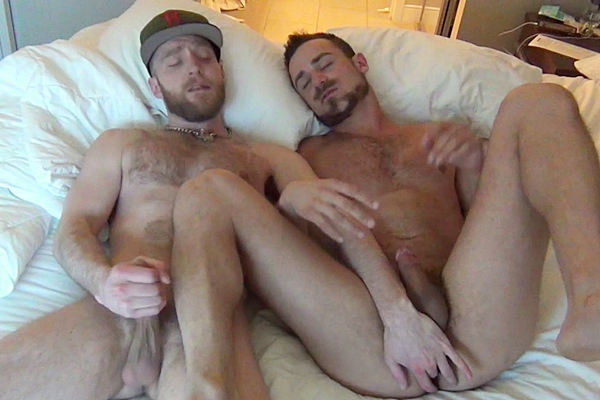 Deviant Otter barebacks and creampies rugged handsome Leon Fox with hot ass to mouth action in Fuck My Boy Hole at Deviantotter