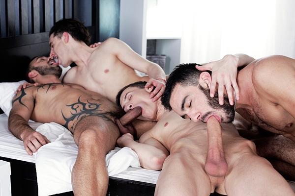Alejandro Alvarez, Jace Reed & Xavi Duran bareback Johny Cruz in Cock-Mad Johny Cruz Enjoys An Unbelievable Triple Penetration at Staxus