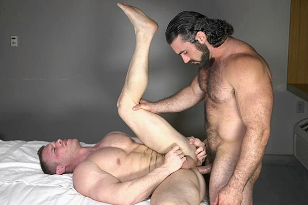 Sexy hairy hunk Jaxton Wheeler fucks muscled stud Zach's tight bubble ass until he fucks the cum out of Zach at Theguysite