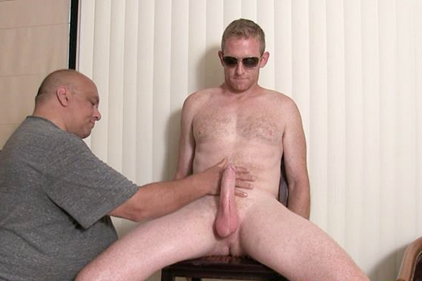 Hot macho hunk Garrett gets edged and jerked off in Garrett's Edging Audition at Slowteasinghandjobs