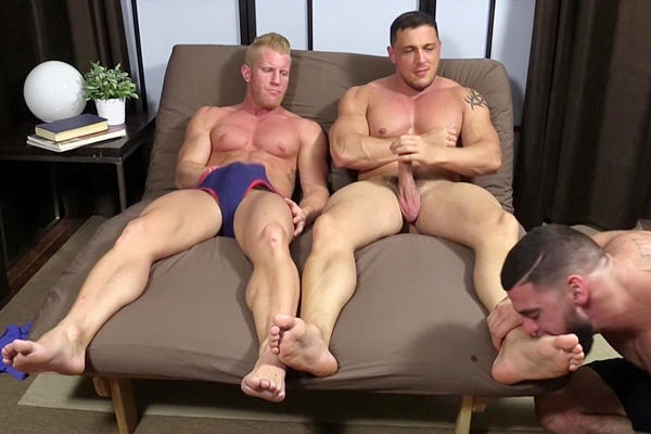 Ricky Larkin Worships muscle hunks Johnny V and Joey D's big feet until they blow their hot cum at Myfriendsfeet