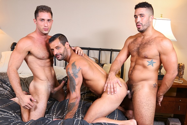 Trey Turner and Armando De Armas fuck David Benjamin before they blow three hot loads at Extrabigdicks