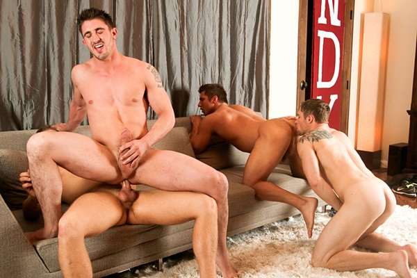 Markie More, Rod Peterson and Bridger Watts bareback and breed Derrick Dime at Nextdoorraw