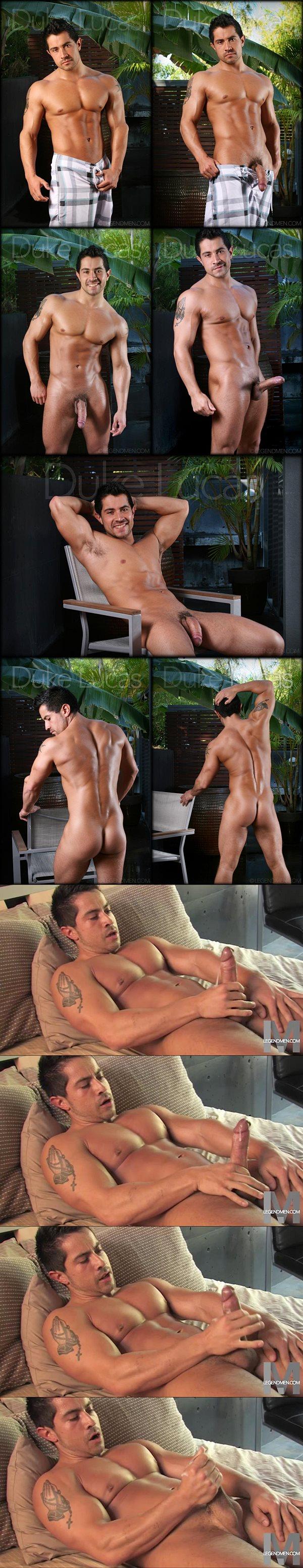 Big-dicked muscle hunk Duke Lucas shoots his hot cum at Legendmen