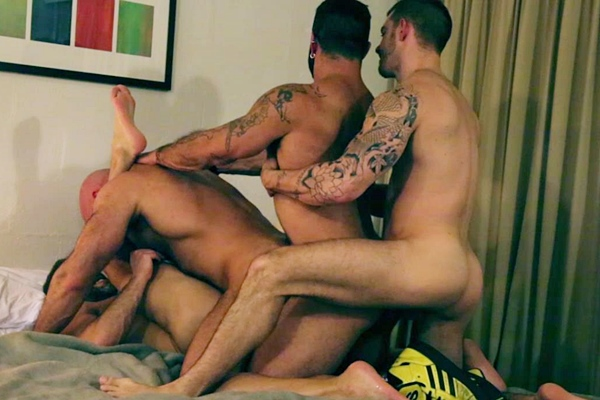 Rogan Richards fucks Skippy Baxter, Jesse Jackman and Dirk Caber in Motel Muscle Fourway at Roganrichards