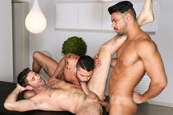 Lucas Fox barebacks Mario Domenech & Craig Daniel in Meat Men Who Plays First at Kristenbjorn