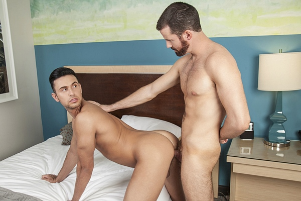 Brendan Patrick goes bareback and breeds Josh Conners at Randyblue