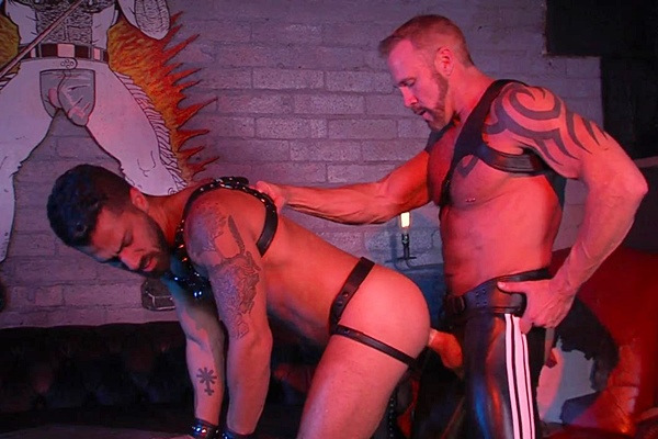 Macho daddy Dallas Steele and Adam Ramzi flip-fuck in Rough Trade at Titanmen