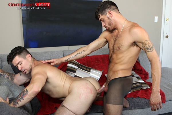 Ty Roderick fucks the cum out of Trenton Ducati in pantyhose at Gentlemenscloset
