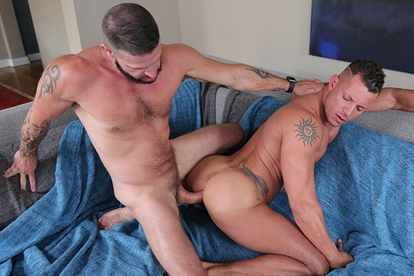 Hung macho hunk Tex Davidson barebacks Angelo Marconi at Nastydaddy