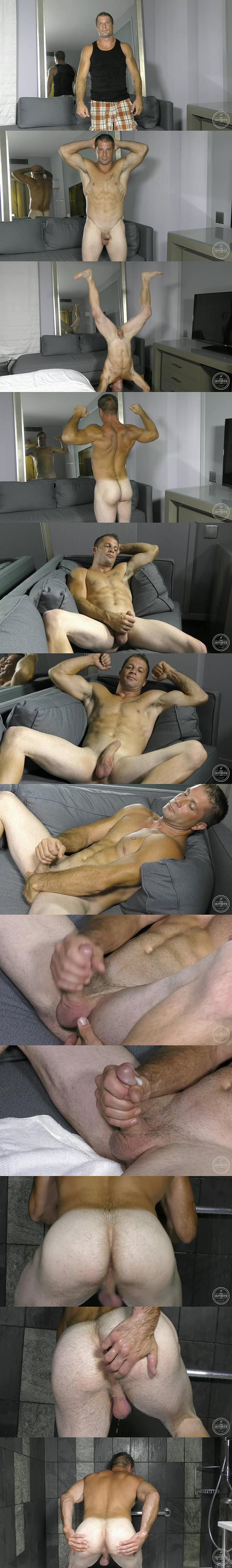 Masculine beefy stud Zane finger fucks himself and wanks off at Theguysite