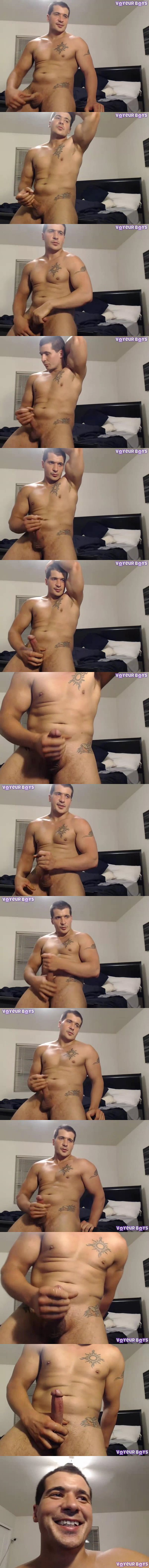 Damien Michaels and Jack Hunter side by side cumshow at Voyeurboys