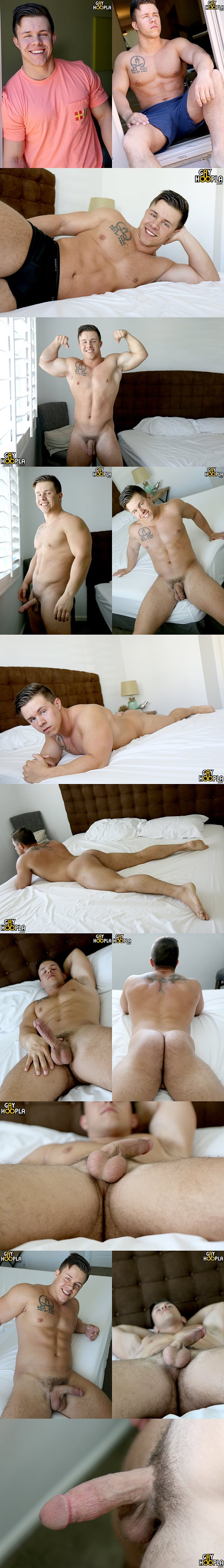 Big muscled Country boy Travis Woods wanks off at Gayhoopla