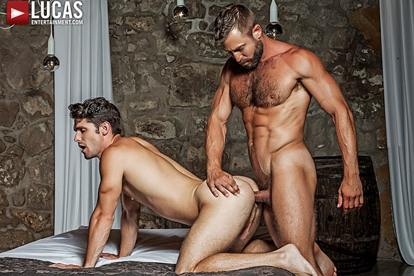 Hot muscle Daddy Bulrog barebacks and creampies Devin Franco at Lucasentertainment