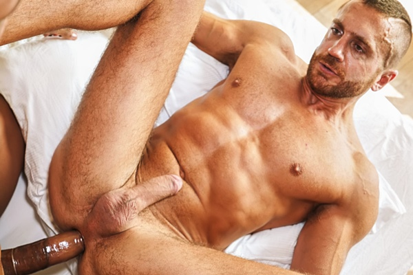 Horse hung Caio Veyron fucks masculine hunk Emir Boscatto at Timtales