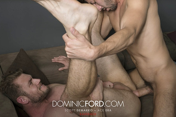 Hot hung Scott DeMarco breeds muscle hunk Ace Era at Dominicford