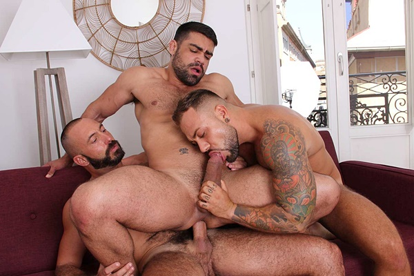 Wagner Vittoria, Sergi Rodriguez and Xavi Garcia bareback each other in Hot Stuff: Deep And Tight at Kristenbjorn