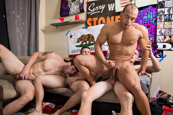 Charlie Patterson, Zane Anders and John Culver bareback Leon Lewis in Fuck His Muscle Ass at Realitydudes
