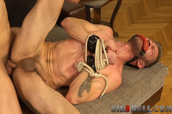 Tomas Fuk barebacks rugged macho stud Nikol Monak in Raunchy at Str8hell