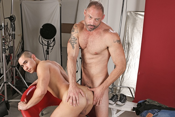 Macho daddy D Arclyte fucks Zander Cole in Stepdad's Camera at Dylanlucas