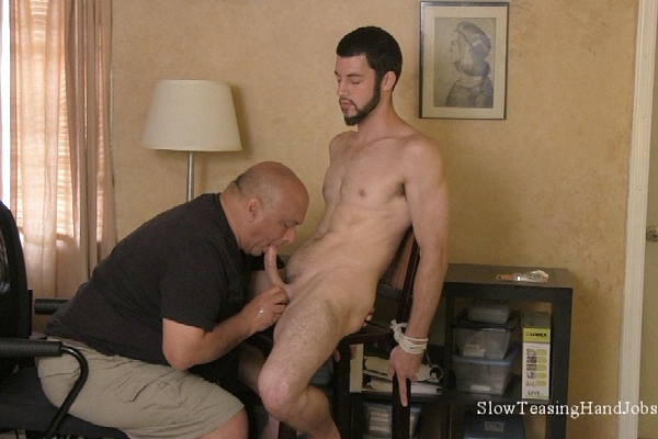 Handsome straight jock Emanuel slowly sucked and jerked off in Emanuel's Audition Edging at Slowteasinghandjobs