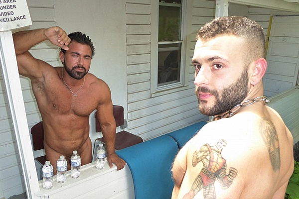 Max barebacks big muscle man Steve Roman in Big Muscle Pump and Fuck at Maverickmendirects