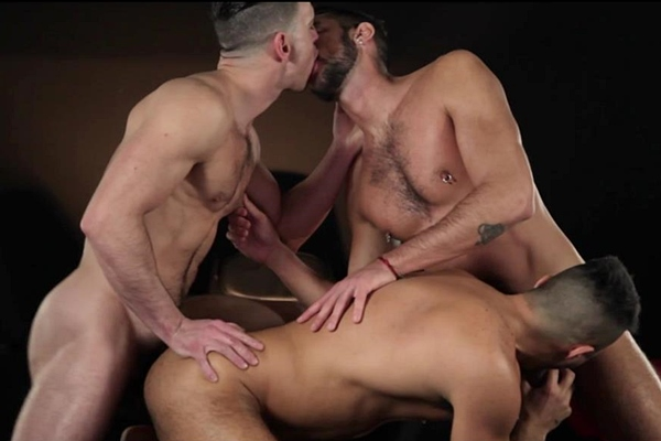 A Sneak Peek of Paddy O'Brian Fucking Klein Kerr and Massimo Piano at Drillmyhole 01