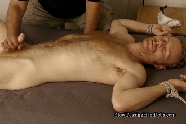 Straight guy Sean gets sucked off in Feeding on a Hairy Ginger Stud at Slowteasinghandjobs