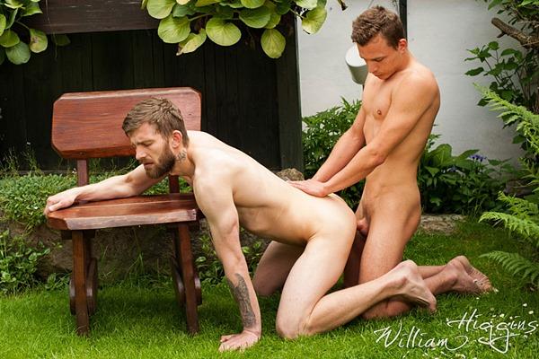 Hugo Antonin barebackcs Nikol Monak in Full Contact at Williamhiggins
