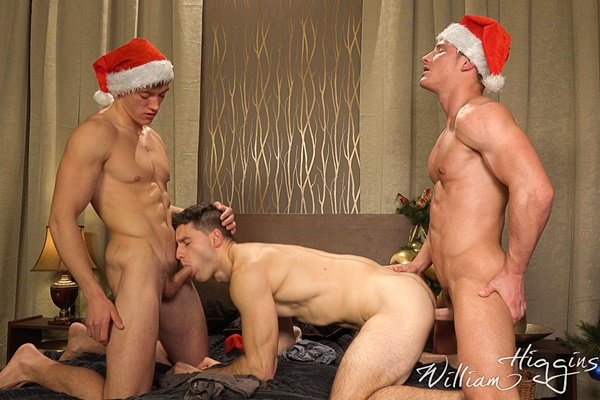 Ondra Taryk barebacks Alan Pekny and Tomas Salek in Xmas Wank Party 91 at Williamhiggins